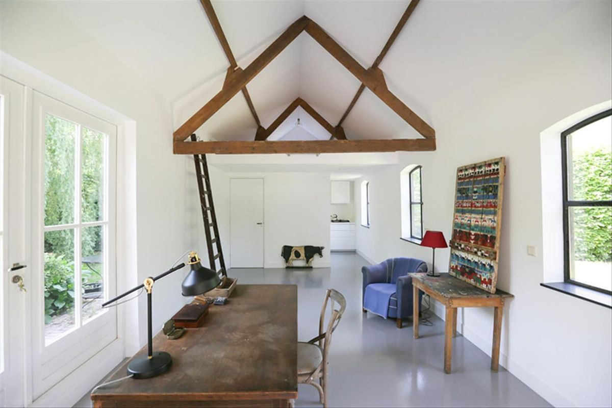 buroduck-front-schuur-verbouw-interieur